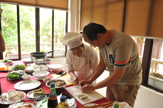 0029VND-Learn-how-to-cook-Vietnam-food-Vietnam-City-Discovery-Hanoi-halfday-cooking-class