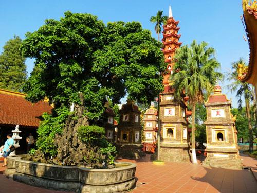 Courtyard inside Tran Quoc Pagoda - Hanoi cultural city tour