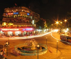 Charming Hanoi at night - Hanoi city tour