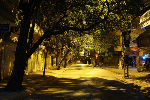 Silent night street Hanoi 24 hour city tour