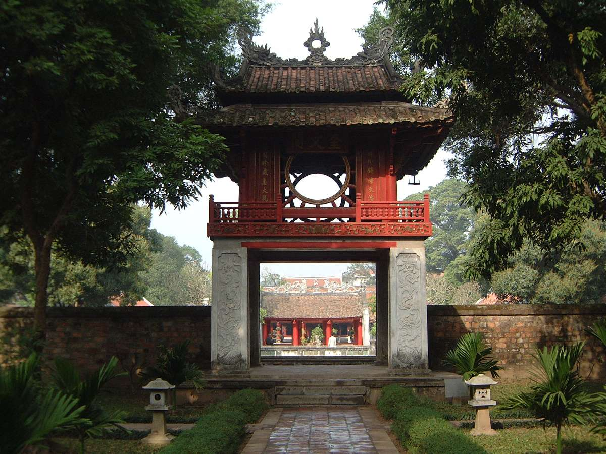 Temple of Literature, the first university in Vietnam Top 02 must visit - Hanoi city tours