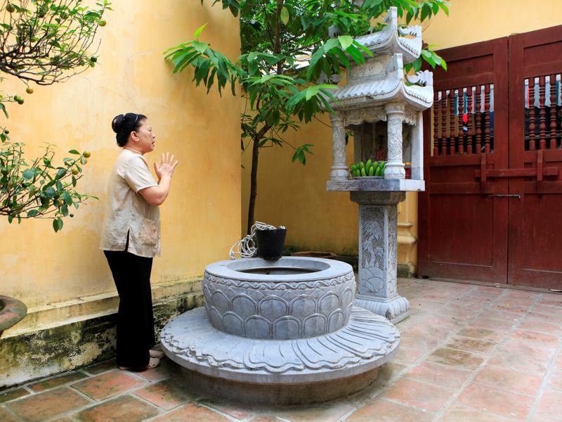 Wells in Hanoi Old Quarter - Hanoi day trip