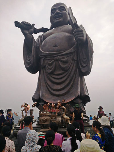 Largest bronze Buddha at Bai Dinh - Day trip from Hanoi