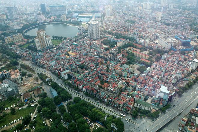 Flycams green Hanoi Ngoc Khanh Parking Lot with many trees - Travel to Hanoi