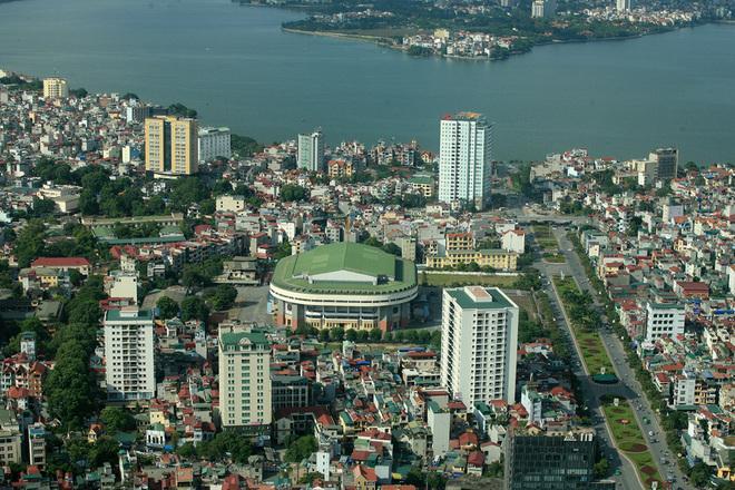 Flycams green Hanoi Van Cao Street and West Lake - Travel to Hanoi