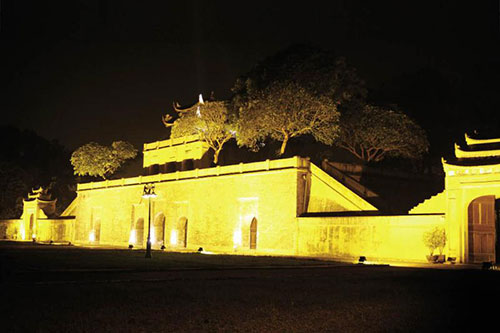 Thang Long Imperial Citadel at night - Hanoi tours