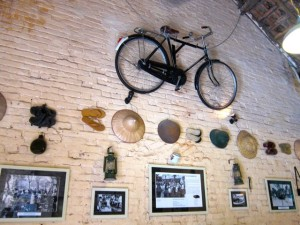 Objects hanging on Mau Dich Restaurants - Hanoi tour half-day