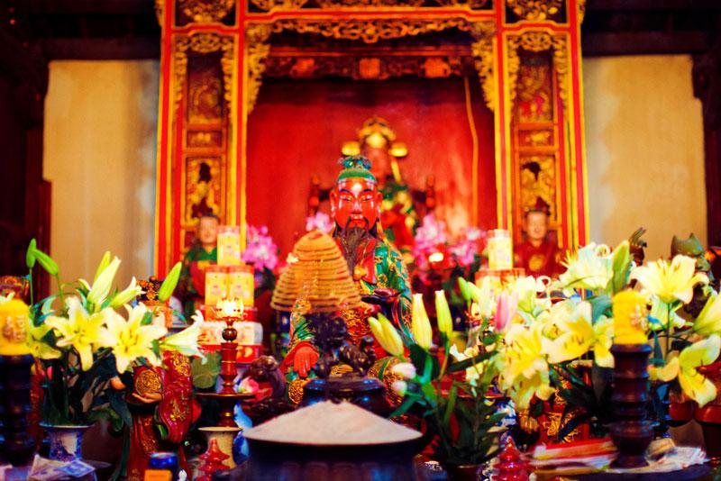 Inside Ngoc Son Temple in Hanoi - Hanoi city tours