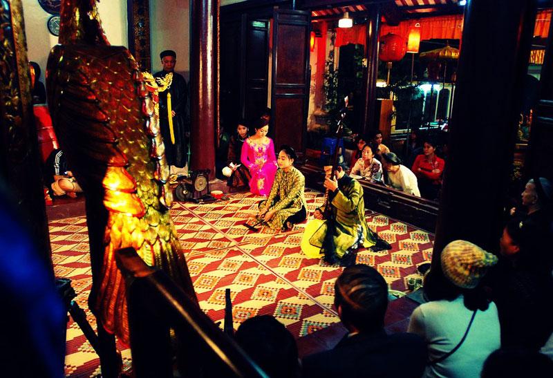 Enjoying a Ca Tru Show in Hanoi - Things to do in Hanoi