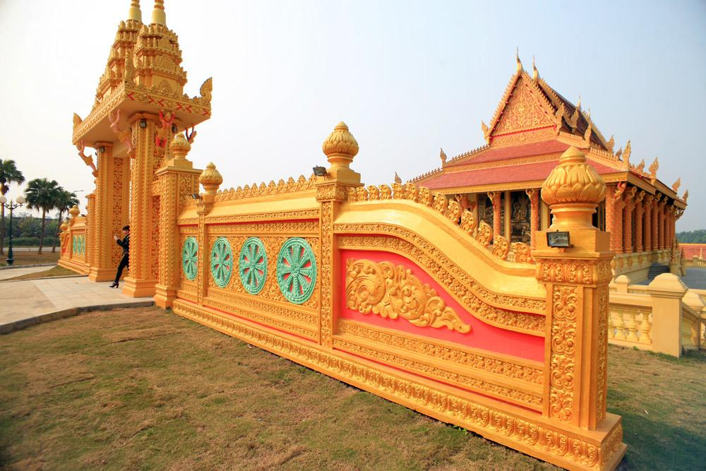 Khmer Temple day trip from Hanoi -2