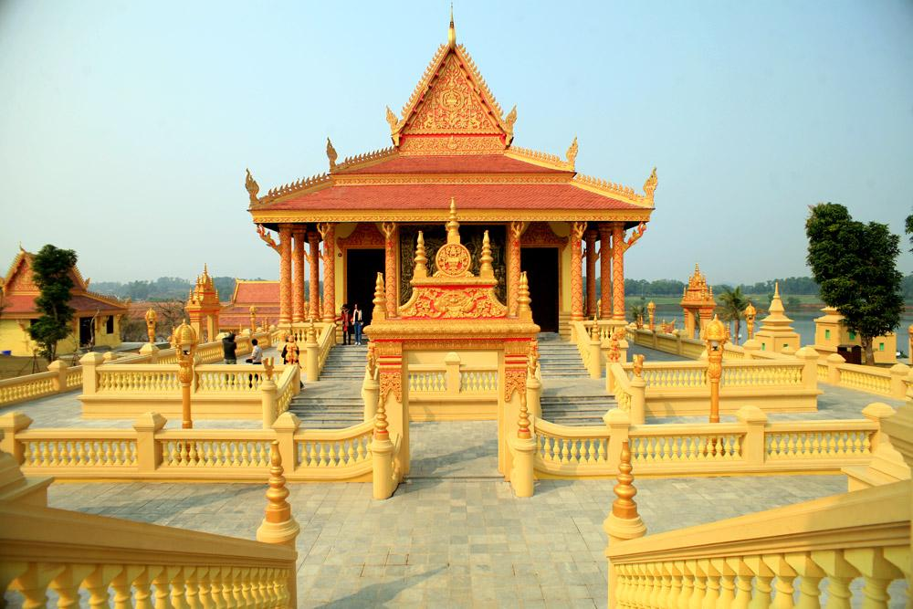 Khmer Temple day trip from Hanoi -4