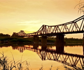 Long Bien Bridge nowadays - Hanoi day tours