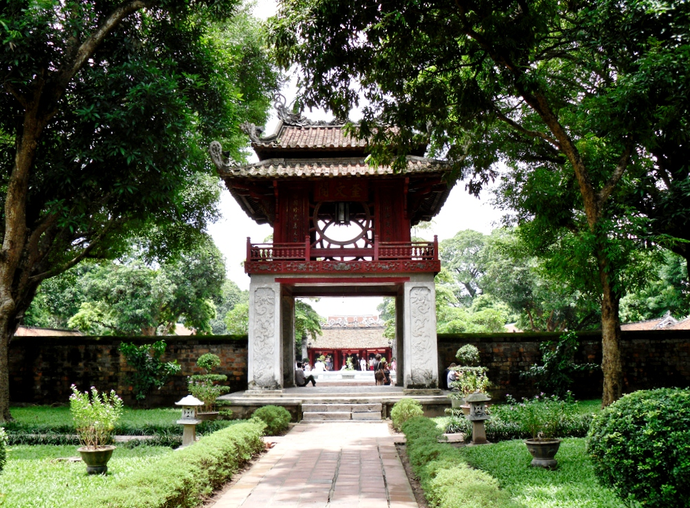 Temple of Literature Day trip from Hanoi to discover Vietnam education history