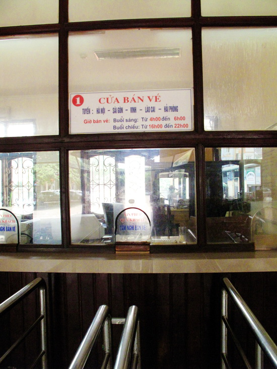 Ticket room at Hanoi train station - Hanoi tours