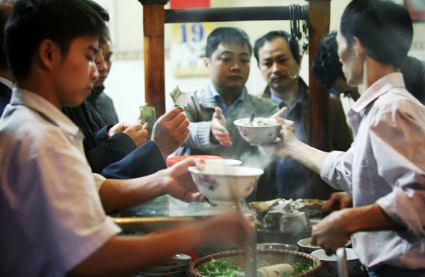 Traditional Pho specialty in Hanoi - Hanoi cuisine tours