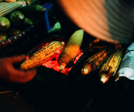 Grilled corn in the sidewalk of Hanoi - Hanoi street food tour