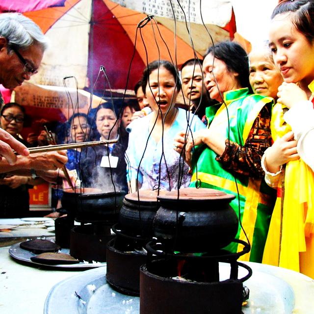 Lang-Pagoda-Festival-14