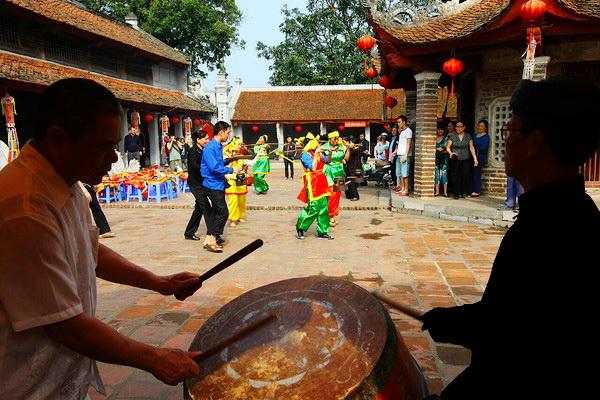 Lang-Pagoda-Festival-2