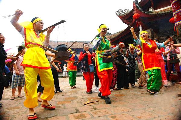 Lang-Pagoda-Festival-6