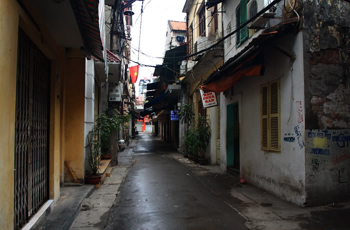 Peaceful Tam Thuong Valley - Hanoi culture tours