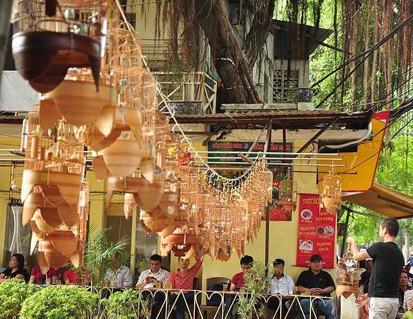 Arrays of birds cages for a bird show - hanoi attractions