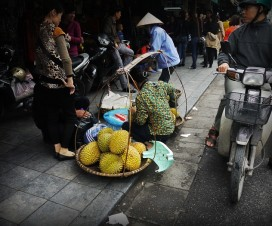Basket ladies selling fruits and vegetable in Hanoi streets - Hanoi city tours