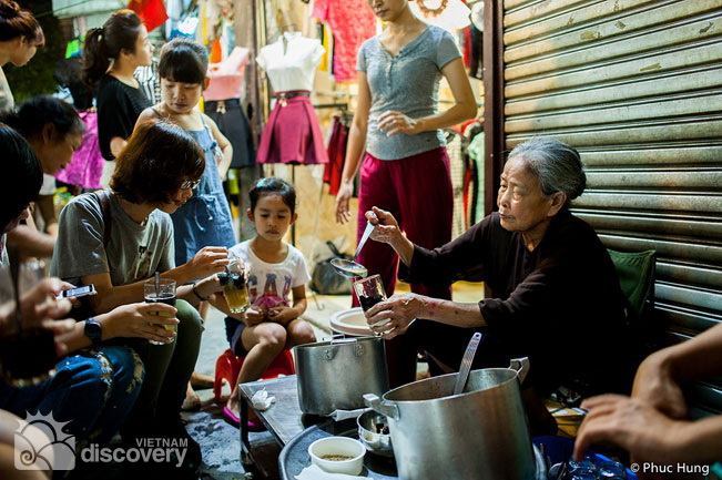 Dong Xuan market - an ideal place for Hanoi food lovers