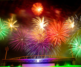 fireworks display in Hanoi for 2014 lunar new year - Hanoi activities
