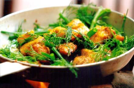 La Vong grilled fish pies - a delicacy born in Hanoi - Hanoi cuisin tours