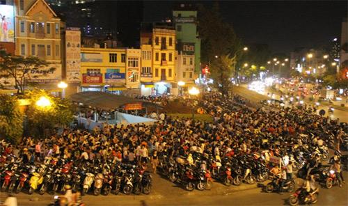 Lemon tea- a new street culture of Hanoi