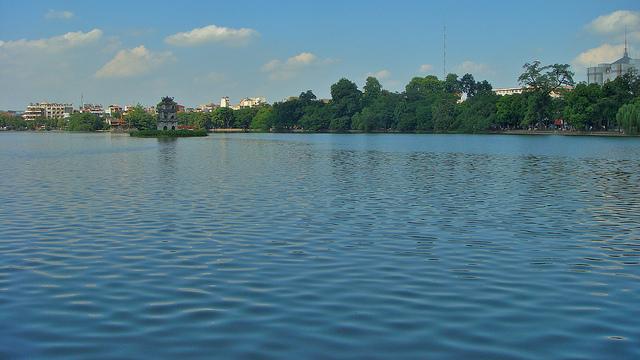 Hoan Kiem Lake - Hanoi city tours